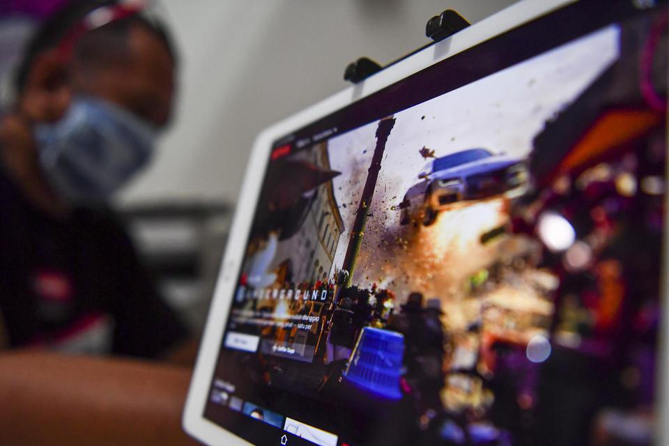 RI Pungut Pajak Digital Mulai Juli, Bagaimana Aturan di Negara Lain?